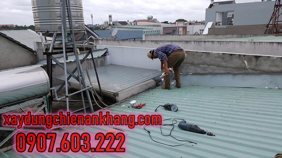thợ chống thấm dột mái tôn ở huyện củ chi, nhận sửa mái tôn nhà xưởng, chống dột tôn, sơn chống thấm cho mái tôn.