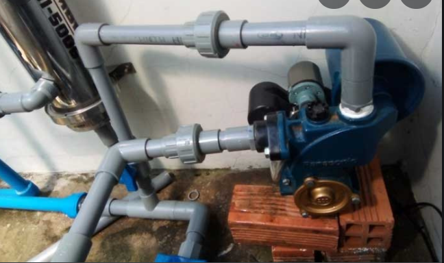 Công ty chuyên cung cấp thợ khắc phục sự cố máy bơm nước tại nhà TPHCM. Nhận khắc phục sửa máy bơm nước gia đình và công nghiệp, sửa máy bơm dân dụng, máy bơm hút nước thủy cục, giếng khoan. Thợ sửa máy bơm nước tại nhà TPHCM, sửa chữa và thay thế phụ tùng máy bơm nước tại chỗ. Trao đỗi máy bơm nước cũ lấy mới, bảo hành lâu dài, quấn lại máy bơm nước bị cháy, máy bơm kêu to, thay cánh quạt, thay phốt, bạc đạn, khắc phục máy bơm xì nước, nhiễm điện....Liên hệ Thợ khắc phục sự cố máy bơm nước tại nhà TPHCM, hotline O9O7.6O3.222 - O775.13O.888