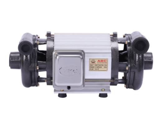 Máy bơm nước hút giếng khoan 2 đầu 2 hp là dòng máy bơm nước chuyên sử dụng hút nước giếng khoan lấy từ mạch nước ngầm. Máy bơm nước 2 đầu 2hp hiện nay có rất nhiều công ty sản xuất như: Tân Hoàn Cầu, Teco đài loan, máy bơm đầu trơn Việt Nam.  ⇒ Công ty chuyên nhập máy bơm nước hút giếng khoan gia đình và công nghiệp tại nhà. Máy bơm nước hút giếng chạy dòng điện 220v/380v sử dụng điện dân dụng, điện công nghiệp. Liên hệ lắp máy bơm nước hút giếng 2 đầu 2hp 0907.603.222 - O775.130.888 tư vấn máy bơm nước.