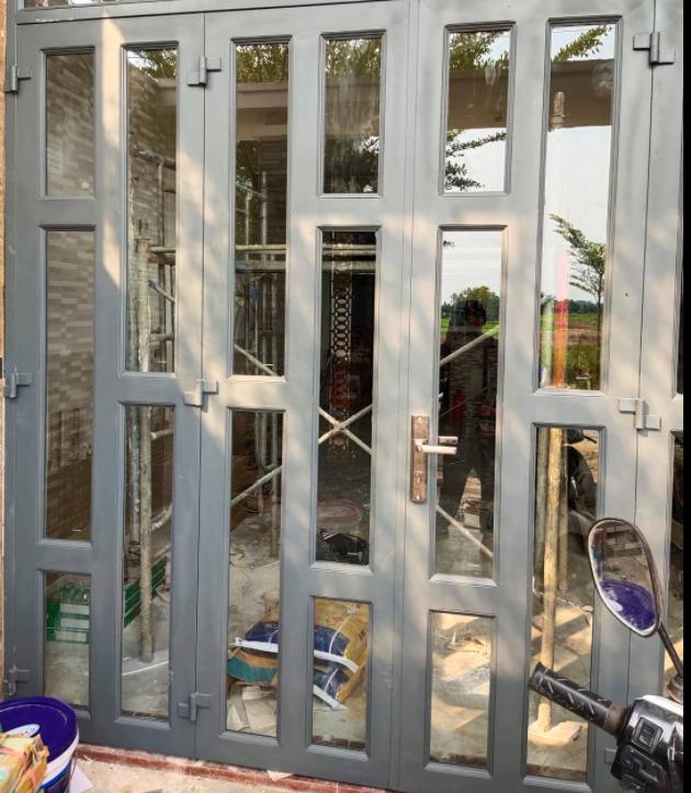 Chuyên cung cấp thợ sơn dầu cửa sắt tại quận 9, nhận sơn cửa cổng sắt, hàng rào sắt, lan can, cầu thang, khung sắt bảo vệ. Thi công phun sơn dầu cửa sắt giả gỗ, quét sơn dầu chống han rỉ, gia công gia cố khung thép, sơn mái tôn...Thợ sơn dầu cửa sắt quận 9 có nhiều năm kinh nghiệm trong nghề, làm việc tỉ mỉ, cần cù, không ngại khó ngại khổ. Nhận sơn cửa cổng sắt tại quận 9, sơn cổng nhà biệt thự, nhà ở dân dụng, nhà trọ, sơn dầu hàng rào nhà xưởng...Bạn đang có nhu cầu vui lòng liên hệ O9O7.6O3.222 - O979.996.926