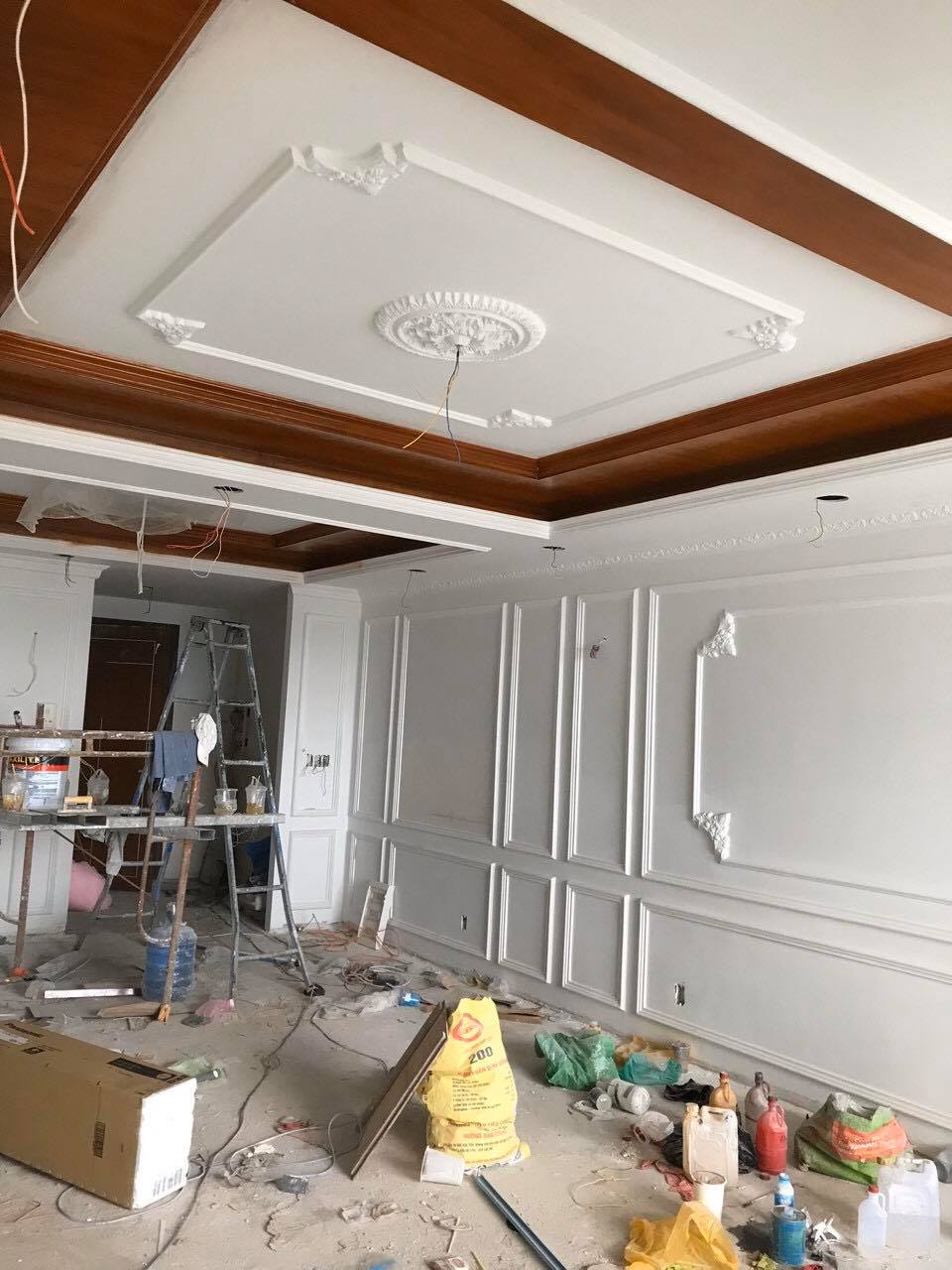 Đội thợ sơn lại nhà chung cư tại TPHCM, nhận sơn sửa lại căn hộ chung cư cao cấp, chung cư cũ lâu năm. Dịch vụ sơn nhà chung cư TPHCM, sơn lại phòng khách, phòng ngủ, nhà bếp, sơn chống thấm nhà chung cư giá rẻ. Thi công sơn nước nhà chung cư đẹp, phối màu sơn hợp phong thủy khách hàng. Với đội thợ sơn lại nhà chung cư TPHCM có nhiều năm kinh nghiệm trong lĩnh vực sơn nhà, sơn nước, chuyên nghiệp, cam kết mang lại cho khách hàng một ngôi nhà đẹp như ý. Ngoài ra chúng tôi còn nhận sơn nhà ở dân dụng, nhà xưởng, sơn mặt bằng kinh doanh, sơn nhà trọ, sơn nhà phố..Liên hệ O907.603.222